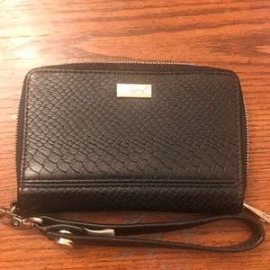 Thirty One Rolling Jewel Wallet with wristlet